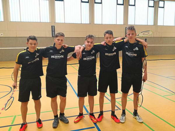 Laers Badminton U19 lässt nichts anbrennen