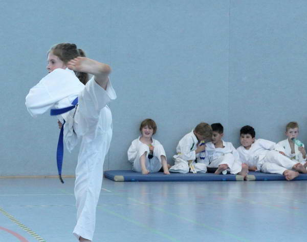 Große Schülerprüfung Taekwon-Do beim TuS Laer