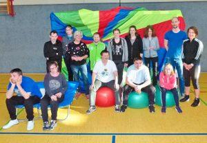 Sport mit behinderten Menschen von sieben bis Jahren
