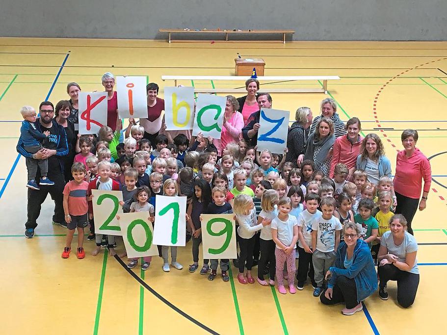 Über 80 Kinder sporteln gemeinsam