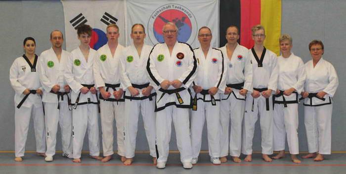 tus laer fachschaft taekwondo Dan Träger
