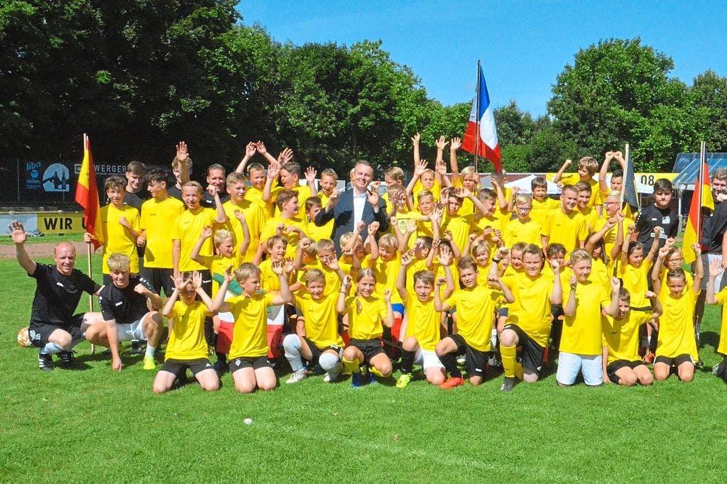 Kaiserwetter zum Fußballcamp
